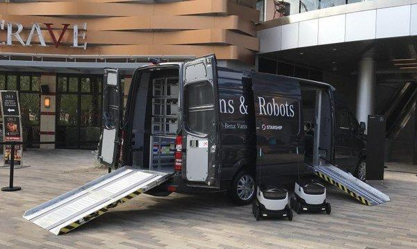 Mercedes-benz-vans-and-robots-696x433