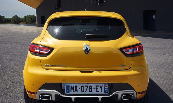 Renault-clio_rs-2017-1280-05