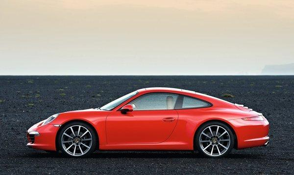 Porsche-911_carrera_2013_1280x960_wallpaper_07