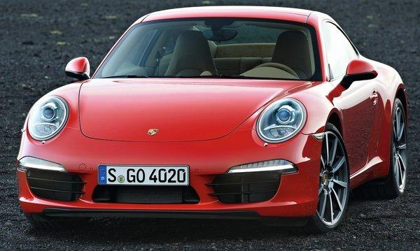 Porsche-911_carrera_2013_1280x960_wallpaper_03